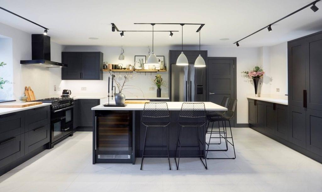 Dark_Grey_Kitchen_In_Middlesex